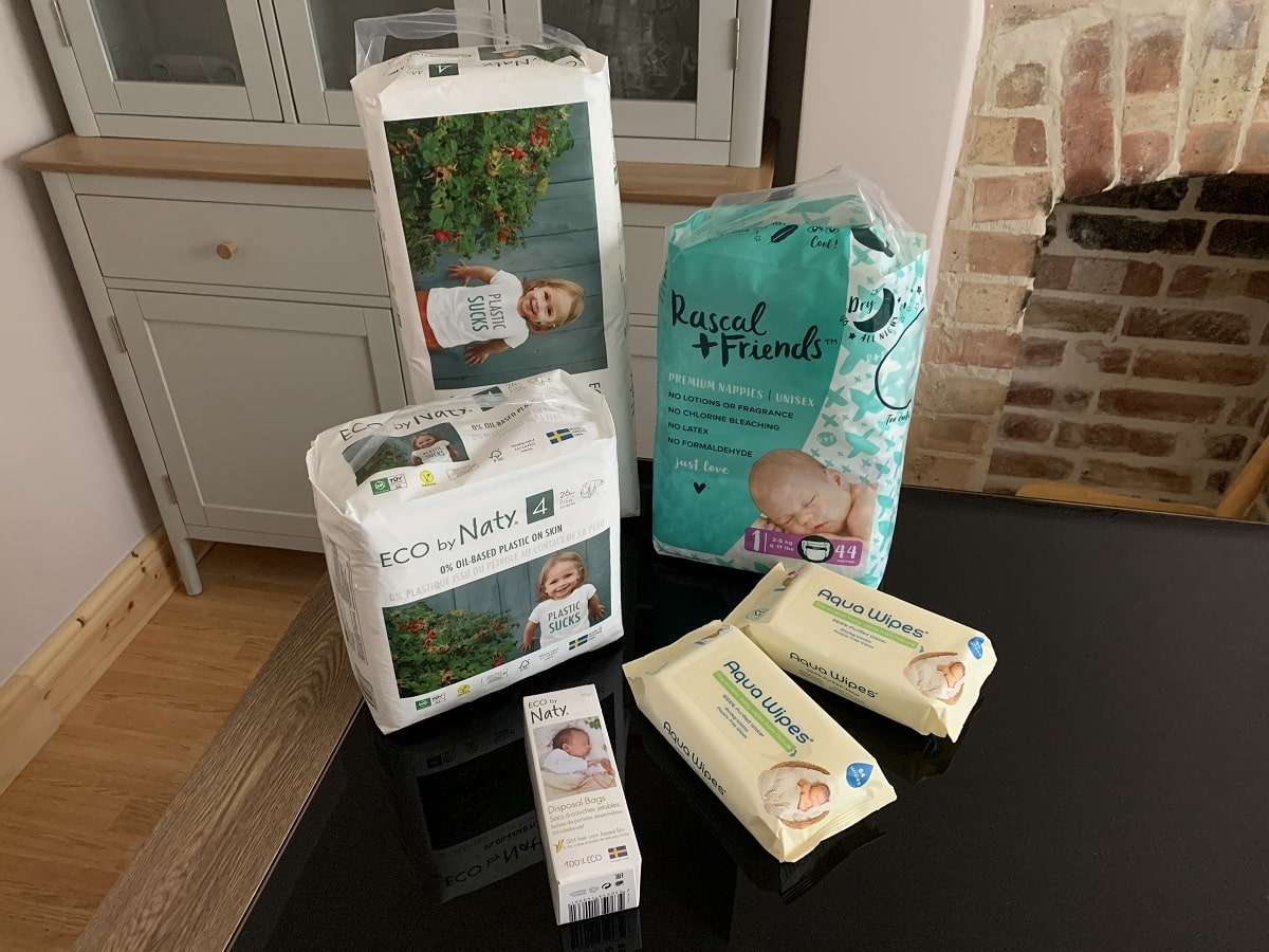 Read more about the article How to Choose Eco Friendly Biodegradable Nappies, Baby Wipes and Nappy Bags
