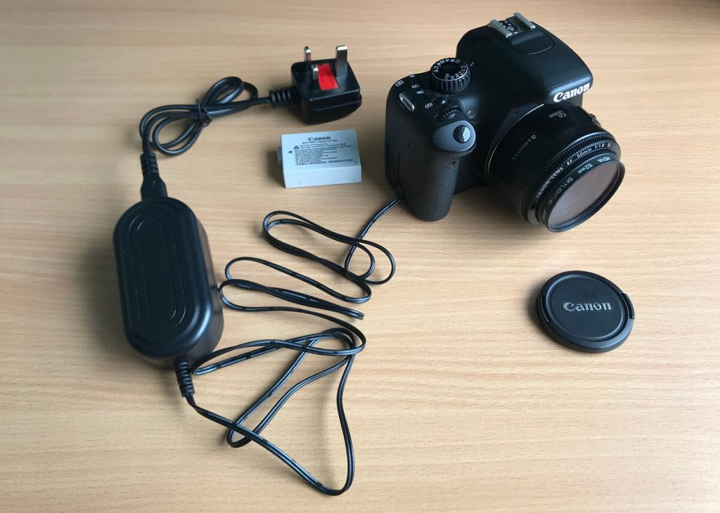 canon-dslr-connected-to-mains-dc-adapter