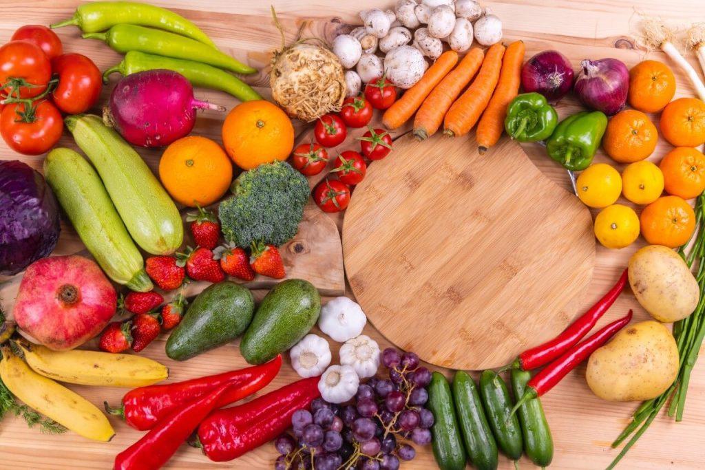 fresh-vegetables-on-wooden-table