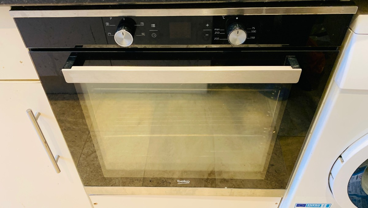 Read more about the article How to Replace Beko Oven Door Glass – Beko BXIF35300X