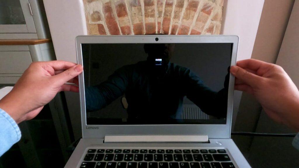 reattach-plastic-trim-back-on-laptop-screen
