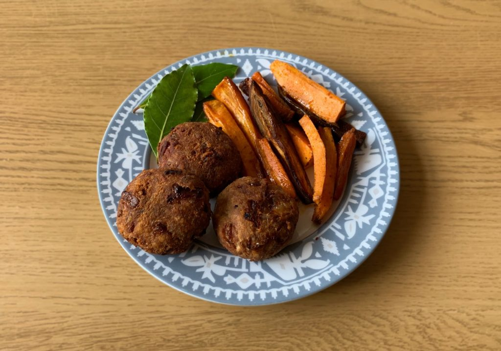 tuna-cutlet-burger-serving-suggestion-with-sweet-potatoes